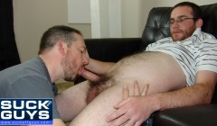 Seth Chase Sucks Off a Hairy Uncut Cock