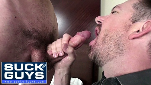 Gay Guy Swallows Cum From Young Straight Dude