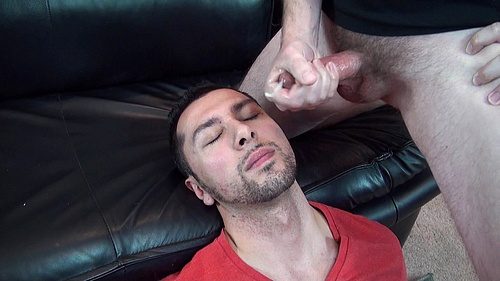 Jaron Duval Takes a Giant Load of Cum to His Mouth